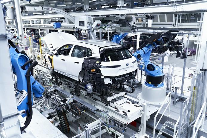 04. 创新BMW iX于丁格芬工厂投产.jpg