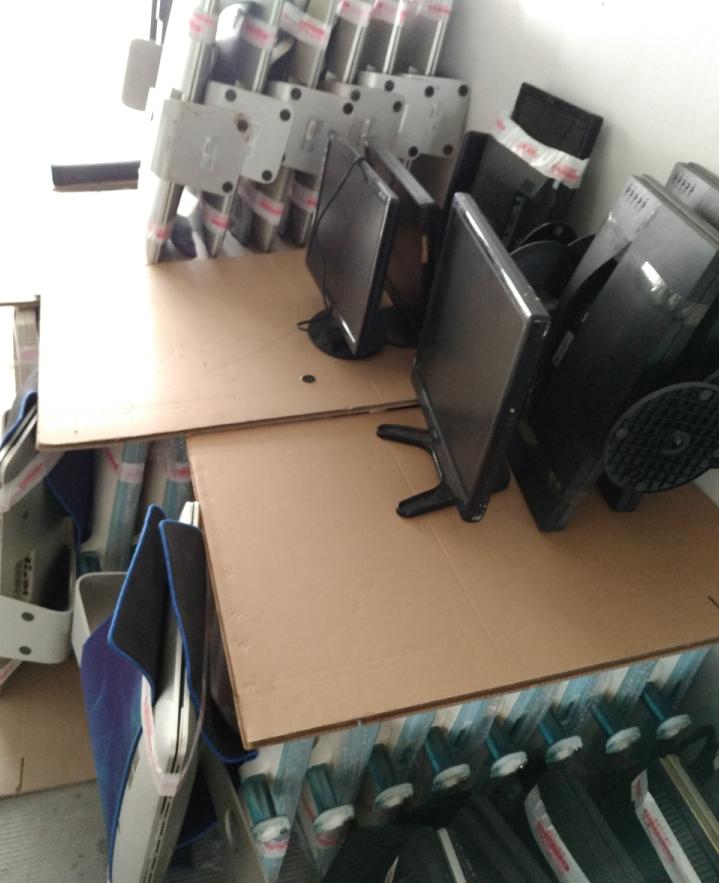 长期高价回收:新旧服务器,网吧,网咖电脑,矿机整机,公司电脑,学校机房电脑,笔记本,液晶电视,打印机