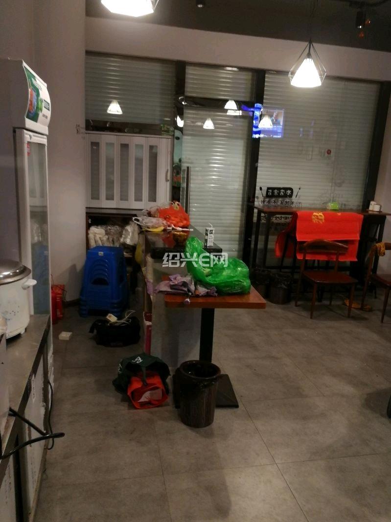 全新装修早餐面馆饭店店铺转让13675788806