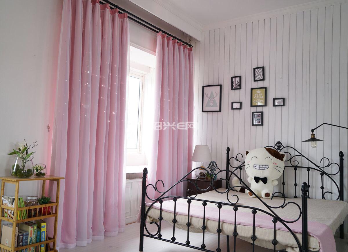 专接天猫。淘宝 拼多多窗帘。做工精细。价格便宜