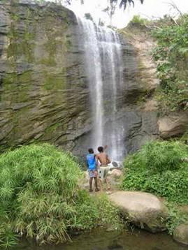 山卡梅尔瀑布