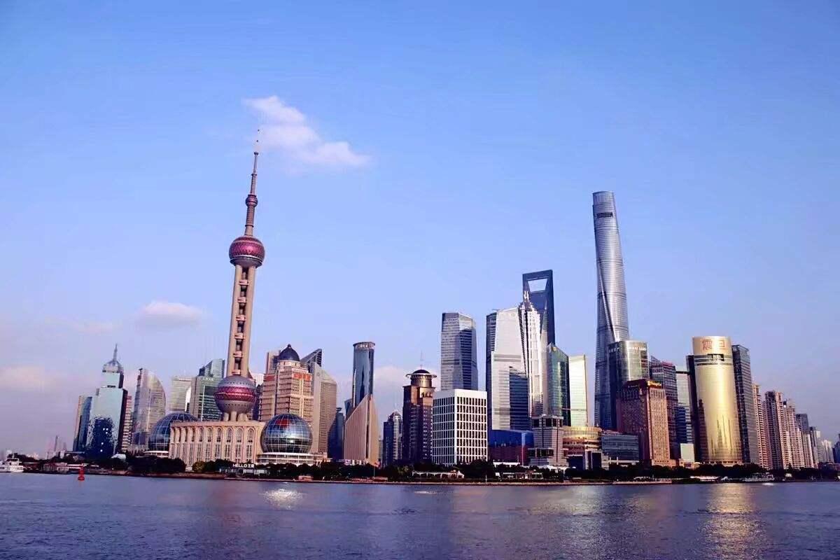 上海迪士尼乐园自驾二日游套餐(入住上海萨维尔金爵·鹿安酒店